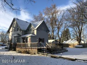 206 1ST Street, HATTON, ND 58240