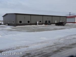 303 SMITH Drive SW, DEVILS LAKE, ND 58301