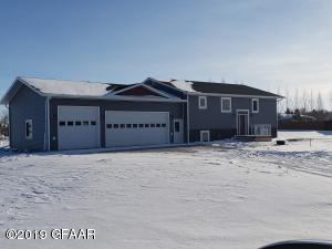 1932 11TH Avenue SW, DEVILS LAKE, ND 58301