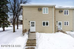 1901 24TH AVE S #8, GRAND FORKS, ND 58201