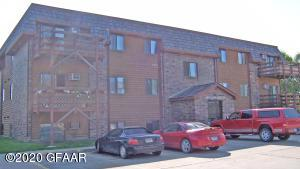 2867 19TH Avenue S, GRAND FORKS, ND 58201