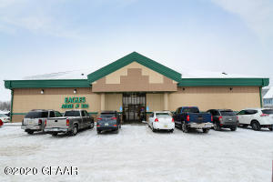 227 10TH ST NW, E GRAND FORKS, MN 56721