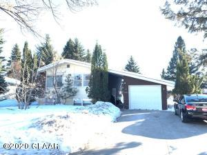 3523 7TH AVE N, GRAND FORKS, ND 58203