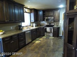 714 BIRCH CT, GRAFTON, ND 58237
