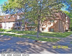 1702 22ND Avenue S, 210, GRAND FORKS, ND 58201