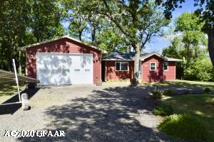 315 OAKWOOD Drive, DEVILS LAKE, ND 58301