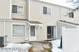 2574 26TH Avenue S, GRAND FORKS, ND 58201