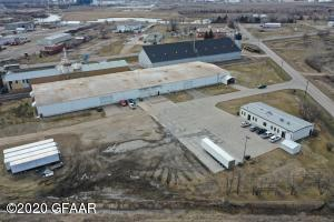 2403- 2405 BACON ROAD, GRAND FORKS, ND 58208