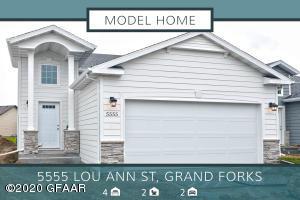 5555 LOU ANN Street, GRAND FORKS, ND 58201
