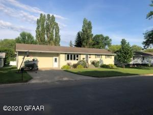 204 PARK Avenue N, PARK RIVER, ND 58270