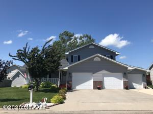 1427 ST. JOHNS DRIVE, CROOKSTON, MN 56716
