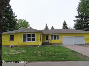 2629 6TH AVE N, GRAND FORKS, ND 58203