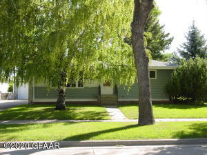 409 JAMES AVE SE, EAST GRAND FORKS, MN 56721