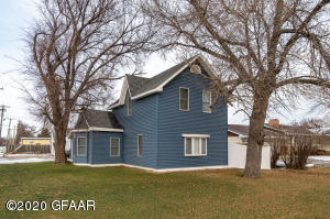 403 3RD AVE, REYNOLDS, ND 58275