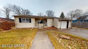 1515 SOUTH 10TH ST, GRAND FORKS, ND 58201