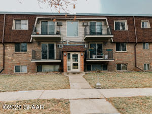 1815 21ST AVE S, 207, GRAND FORKS, ND 58201