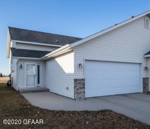 4838 CURRAN Court, GRAND FORKS, ND 58201