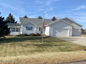 415 7TH Avenue, THOMPSON, ND 58278