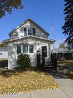 924 N 5TH Street, GRAND FORKS, ND 58203