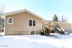 1111 28TH Avenue S, 1111 & 1113, GRAND FORKS, ND 58201