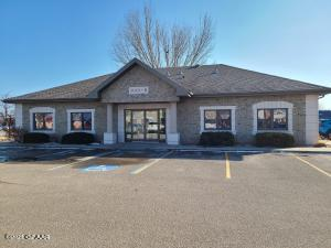 3001 32ND AVE S STE 1B, GRAND FORKS, ND 58201