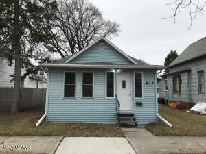 612 CHERRY Street, GRAND FORKS, ND 58201