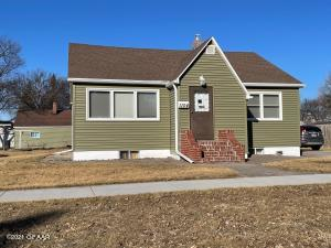 1104 S 11TH ST Street, GRAND FORKS, ND 58201