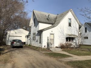 709 BRIGGS Avenue S, PARK RIVER, ND 58270