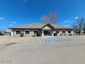 3001 32ND AVE S STE 2B, GRAND FORKS, ND 58201