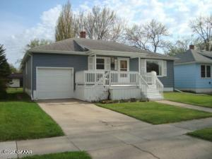 1022 1ST Street NE, DEVILS LAKE, ND 58301