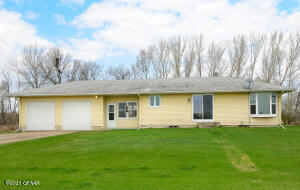 2091 19TH Street NE, GRAND FORKS, ND 58203