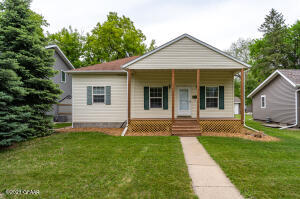 1518 NORTH 5TH STREET, GRAND FORKS, ND 58203