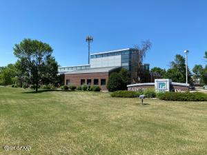 3100 DEMERS Avenue, GRAND FORKS, ND 58201