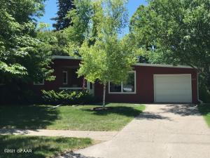 623 23RD Avenue S, GRAND FORKS, ND 58201
