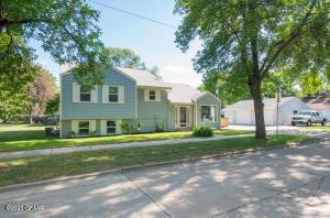 1621 N 4TH Street, GRAND FORKS, ND 58203