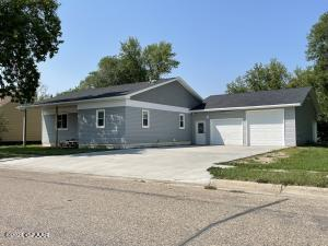 926 3rd Ave, Cando, ND