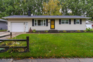 2102 S 22ND ST, Grand Forks, ND 58201