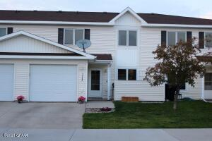 3948 MEADOW BROOK Court, Grand Forks, ND 58201