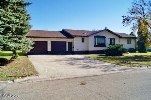 1502 5TH Avenue NE, Devils Lake, ND 58301