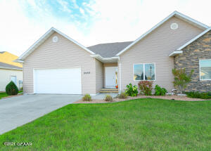 2485 AUGUSTA, Grand Forks, ND 58201