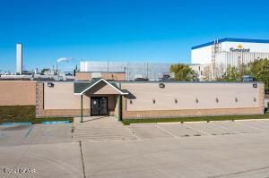 3450 GATEWAY Drive, Grand Forks, ND 58203