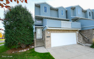 2101 26TH Avenue S, Grand Forks, ND 58201