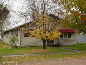 219 Prospect Avenue, Gilby, ND 58235