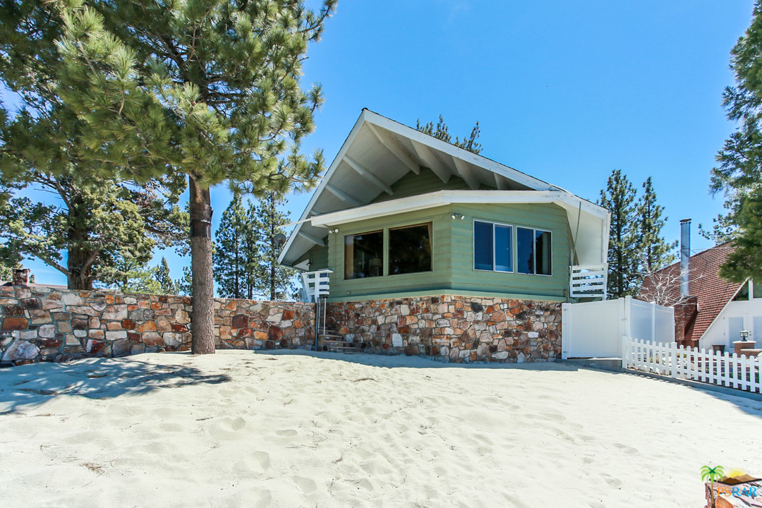 336 GIBRALTER Road, Big Bear Lake, California 92315, 3 Bedrooms Bedrooms, ,3 BathroomsBathrooms,Residential,For Sale,336 GIBRALTER Road,19458188