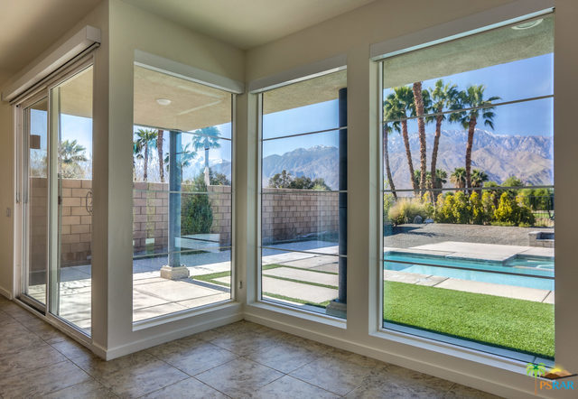 729 STRAUB Lane, Palm Springs, California 92262, 2 Bedrooms Bedrooms, ,3 BathroomsBathrooms,Residential,Sold,729 STRAUB Lane,19432716