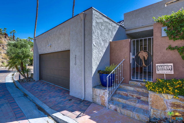 2510 W LA CONDESA Drive, Palm Springs, California 92264, 3 Bedrooms Bedrooms, ,3 BathroomsBathrooms,Residential,Sold,2510 W LA CONDESA Drive,17247332