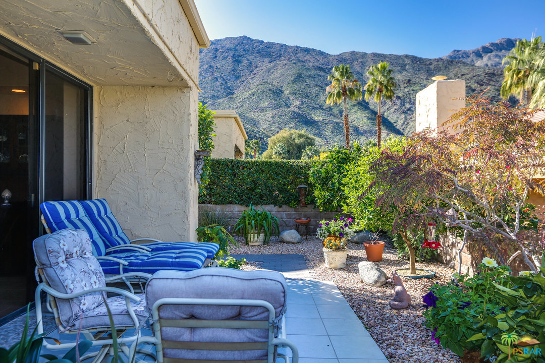 Photo of 128 E VIA HUERTO, Palm Springs, CA 92264