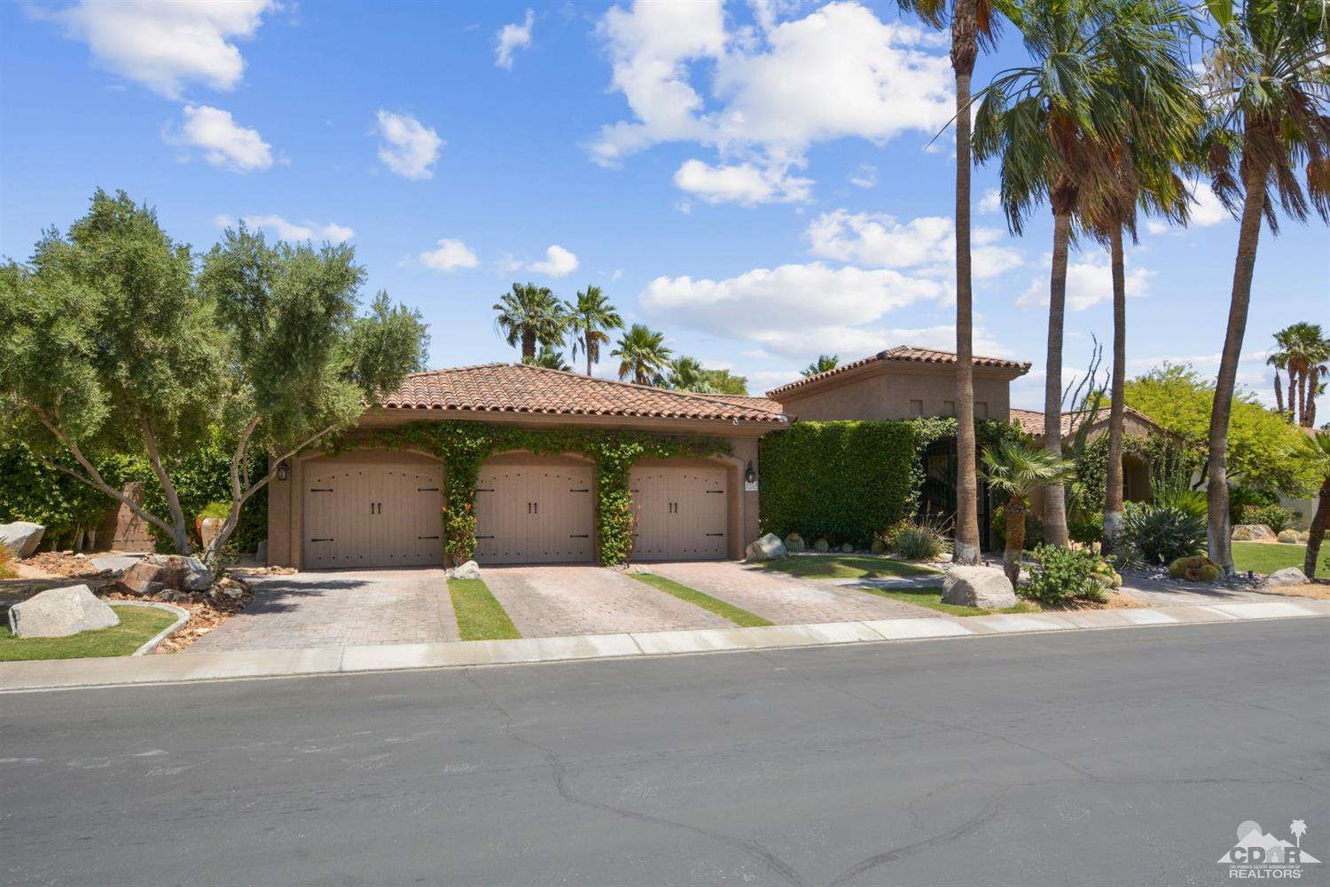 1252 Colony Way, Palm Springs, California 92262, 4 Bedrooms Bedrooms, ,4 BathroomsBathrooms,Residential,Sold,1252 Colony Way,219016169