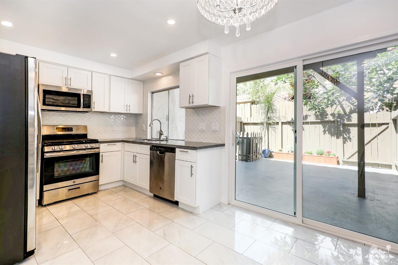 1812 N Mira Loma Way, Palm Springs, California 92262, 2 Bedrooms Bedrooms, ,2 BathroomsBathrooms,Residential,Sold,1812 N Mira Loma Way,219014331