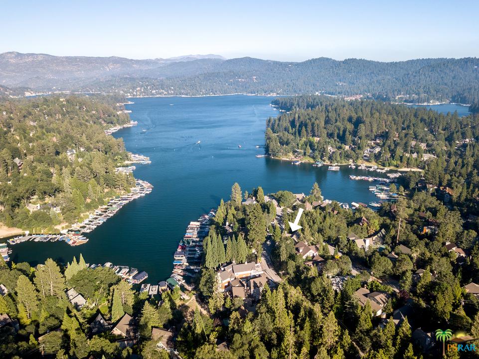 27558 W West Shore Road, Lake Arrowhead, California 92352, 5 Bedrooms Bedrooms, ,3 BathroomsBathrooms,Residential,For Sale,27558 W West Shore Road,19453494